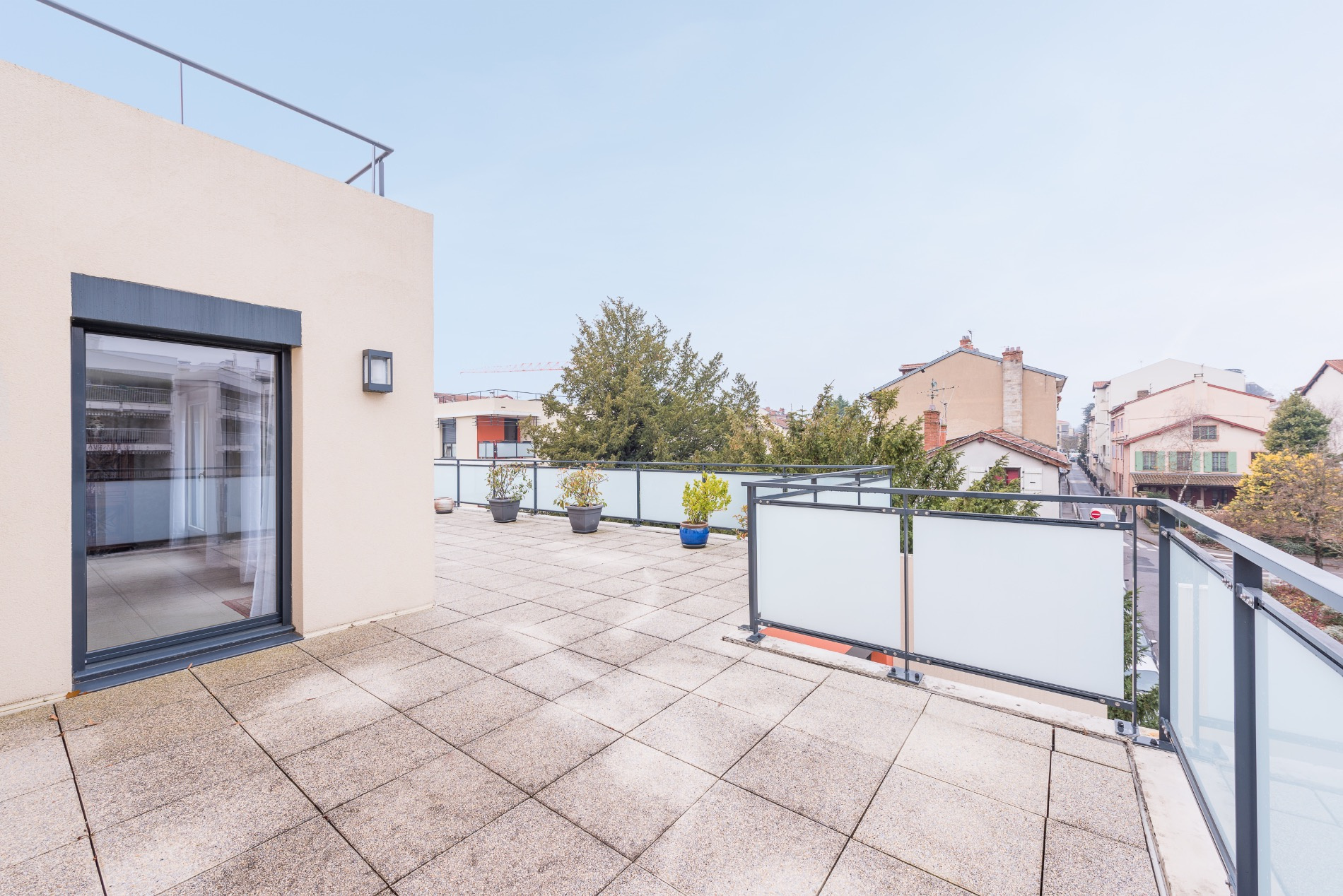 Vente appartement toit terrasse centre ecully for Appartement toit terrasse