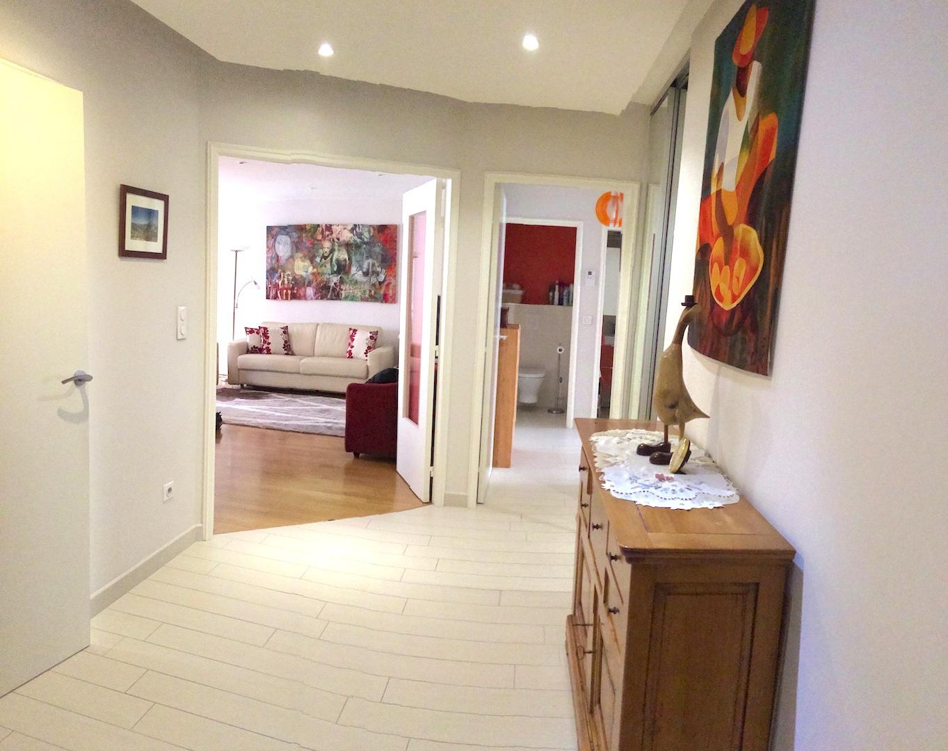 vente appartement t3 avec loggia. Black Bedroom Furniture Sets. Home Design Ideas
